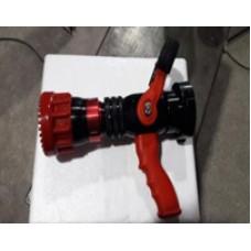 Pitón contra incendio marca Ultiflow modelo 260-760L